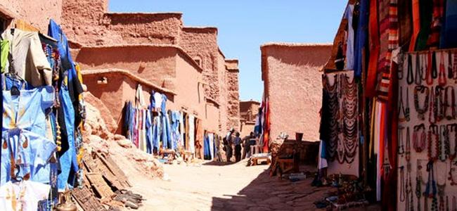从马拉喀什到艾特本哈杜和瓦尔扎扎特的一日游